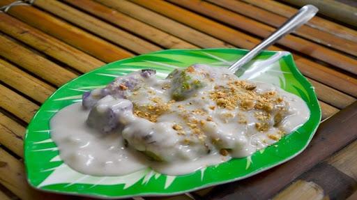 Try Bến Tres specialtieswith coconut milk