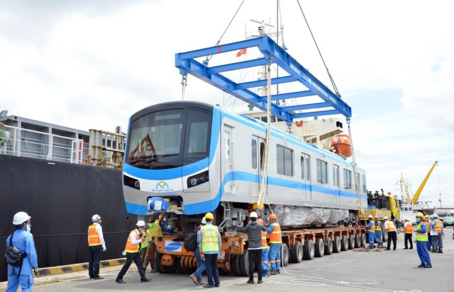 HCM City metro train coaches arrive from Japan