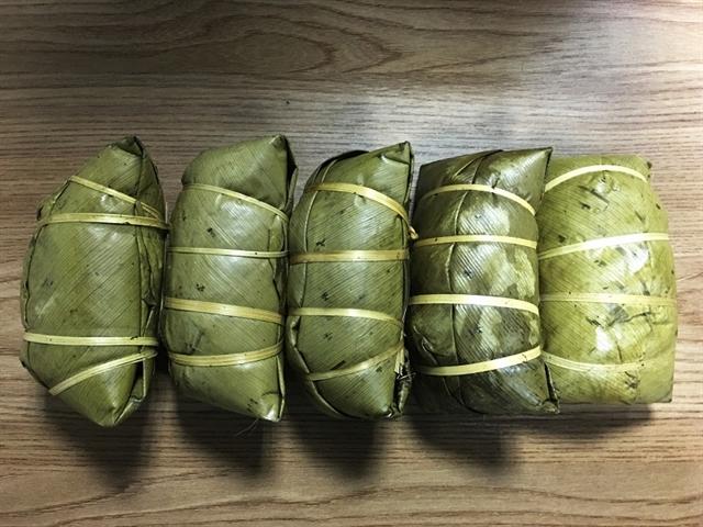 Dao Đỏ ethnic groups bánh chưng gù become popular in Hà Nội