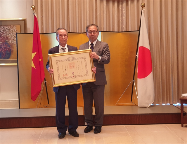 Vietnamese professor conferred Japans Order of the Rising Sun