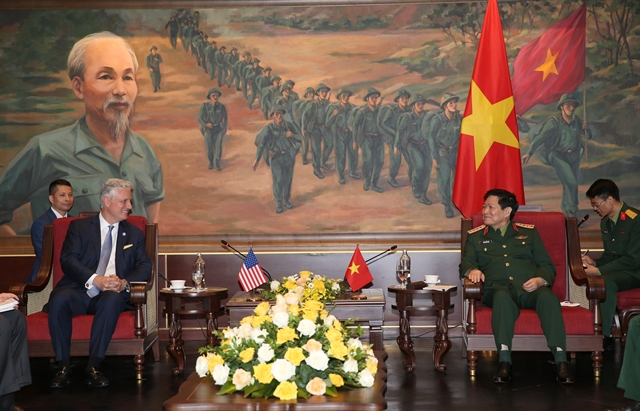 Vietnamese defence public security ministers host US National Security Advisor
