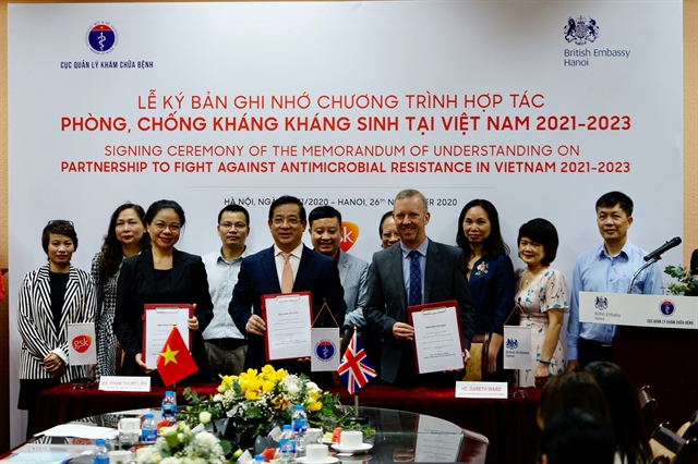 Partnership signed to fight antimicrobial resistance in Việt Nam