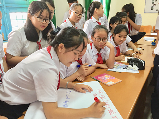 Việt Nam promotes reproductive health care for adolescents and youths