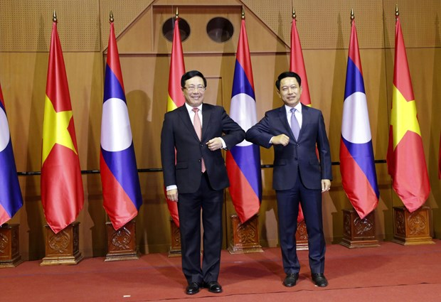 Viet Nam Laos hold foreign ministerial-level political consultation