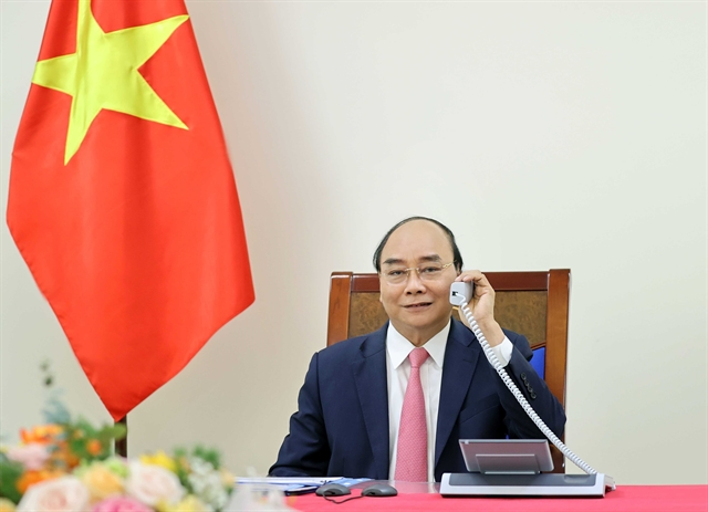 Vietnamese Dutch PMs hold phone talks