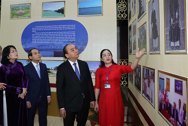 PM attends ceremony in commemoration of President Lê Đức Anhs 100th birthday