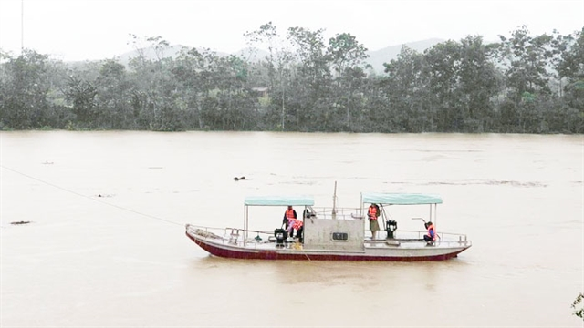 Hydrological observers put lives on the line to protect others