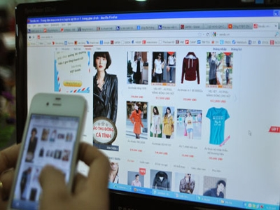 Online sales boom as Tết approaches