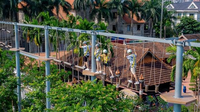 Games to entertain festival goers at Bảo Sơn Paradise Park