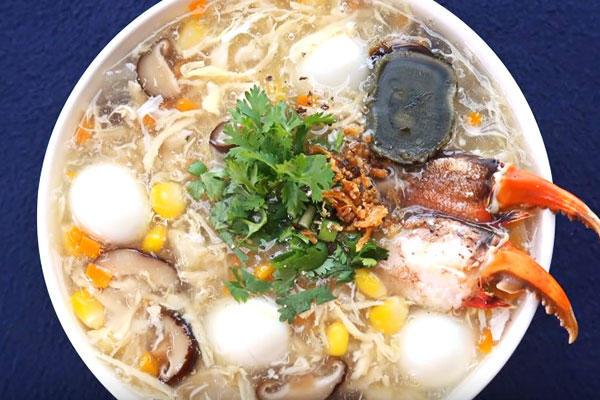 Crab soup: cheap tastystreet food