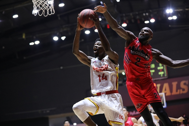 Keyes top perfomance helps Saigon Heat lead the VBA Finals