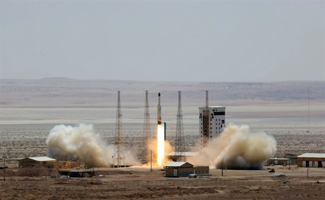 Iran satellite launch fails in blow to space programme