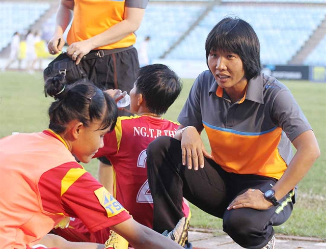 Coach Chi inspires HCM City womens team to new heights