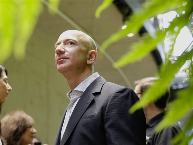 Bezos launches 10 bn fund to combat climate change