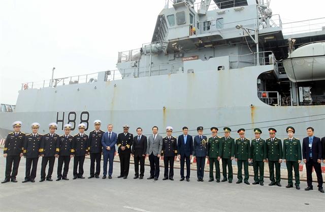 UK Royal Navy ship visits Hải Phòng