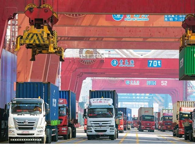 Việt Nam reports trade deficit of 100 million in January