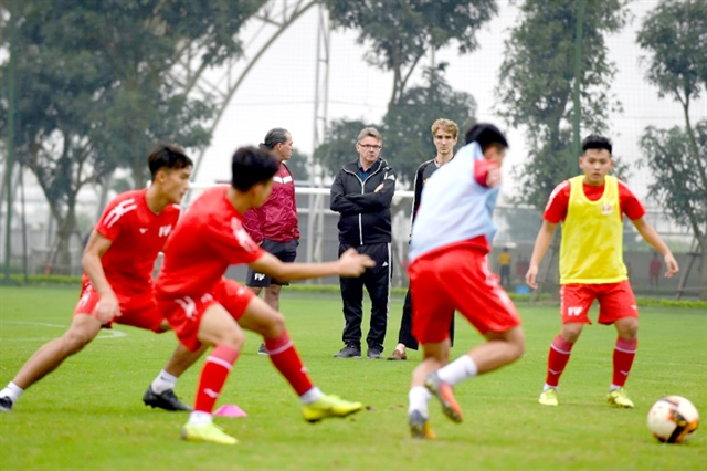 Giggs Scholes and instant noodles: Việt Nam takes pot-shot atWorld Cup