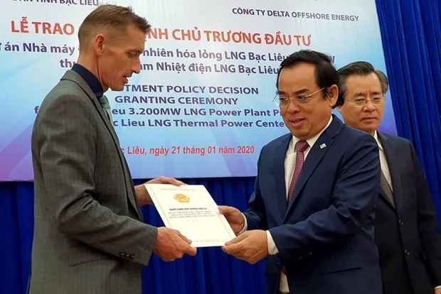 Bạc Liêu hopes 4b Singapore LNG project will attract more FDI