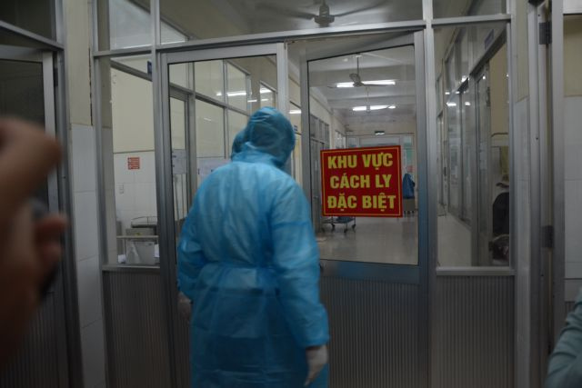 Korean and Thai tourists quarantined in Đà Nẵng
