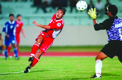 Legend warns Hà Nội FC are in for a battle