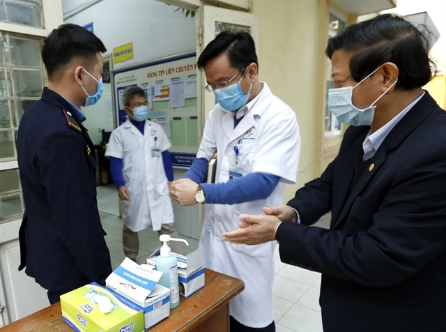 Hospitals enterprises ensure enough medicines for nCoV treatment