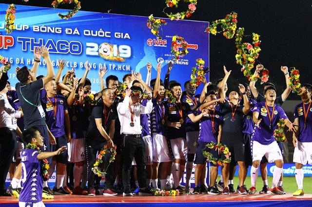 Hà Nội beat HCM City to lift National Super Cup