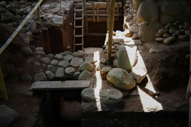 Guatemala find reveals early Mayan writing