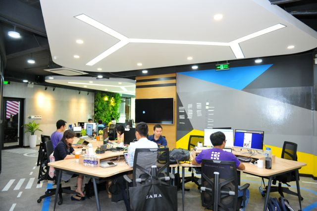 VN tech start-up incubator links up with Swiss Entrepreneurship Programme