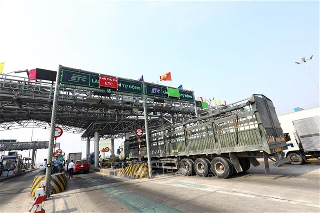 Non-stop toll collection on BOT highways stutters
