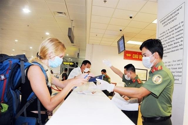 Việt Nam suspends visas for foreign travellersstarting Wednesday