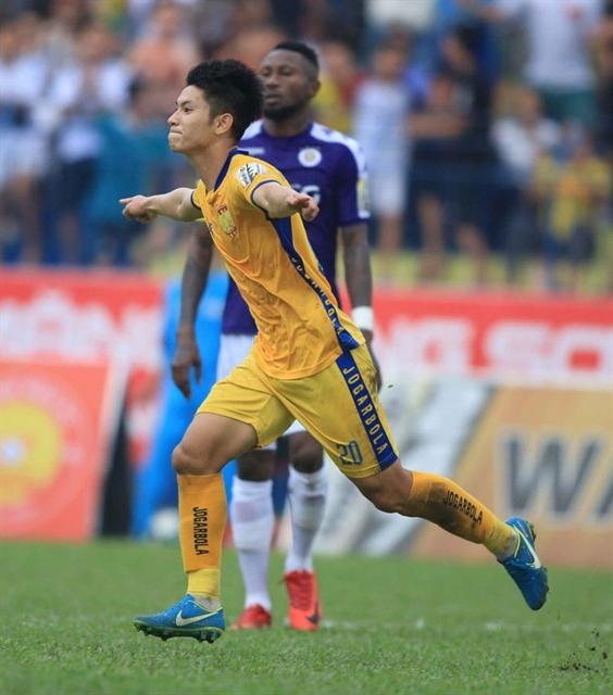 Midfielder Hùngs time to shine