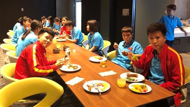Local community feeds Vietnamese womens team in Australia