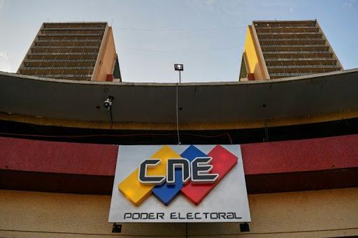Fire will not destroy Venezuelan electoral system: official