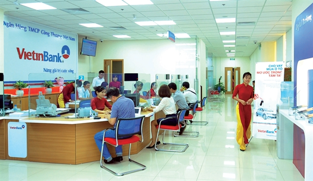 Vietnamese banks rating outlooks lowered on COVID-19 impact