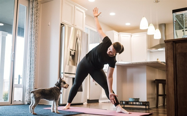 Exercises at home to keep fit during isolation