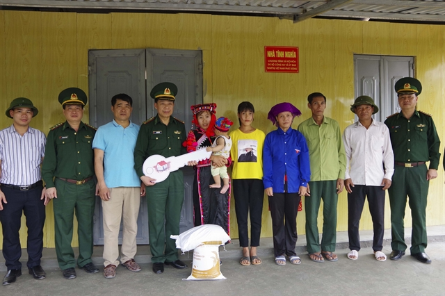 Houses of gratitude handed over to poor families in Điện Biên