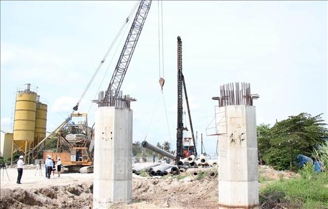 PM orders careful oversight of Trung Lương- Mỹ Thuận Expressway work