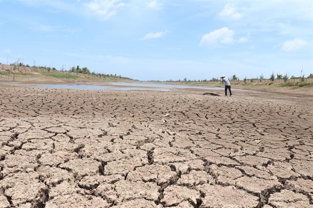 Drought saltwater dry up Mekong Deltas largest reservoir