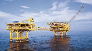 COVID-19 price decline hit Việt Nams oil industry