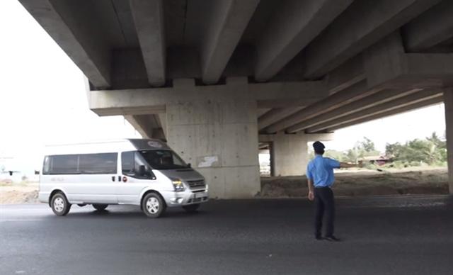 HCM City sets up traffic control stations