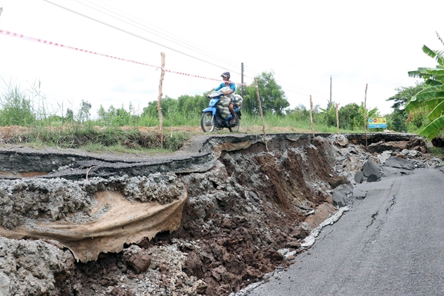 Subsidence occurs on main road in Kiên Giang