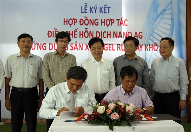 Sài Gòn Hi-tech Park creates silver nano compound for hand sanitiser