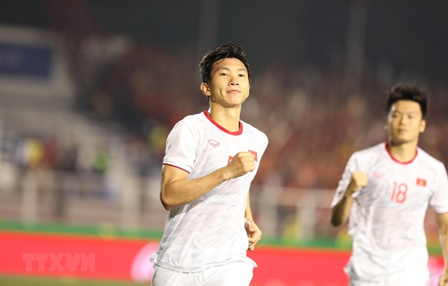 Hậu named among leading Asian defenders