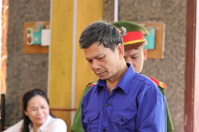 Sơn La court sentences 12 in exam fraud case