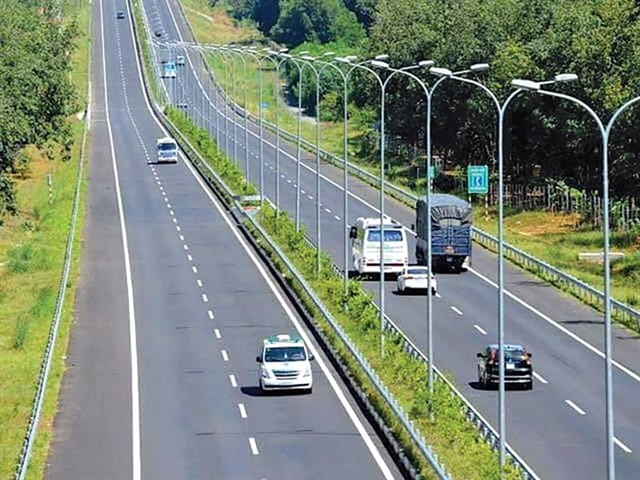 Govt proposes investment options to develop North-South Expressway