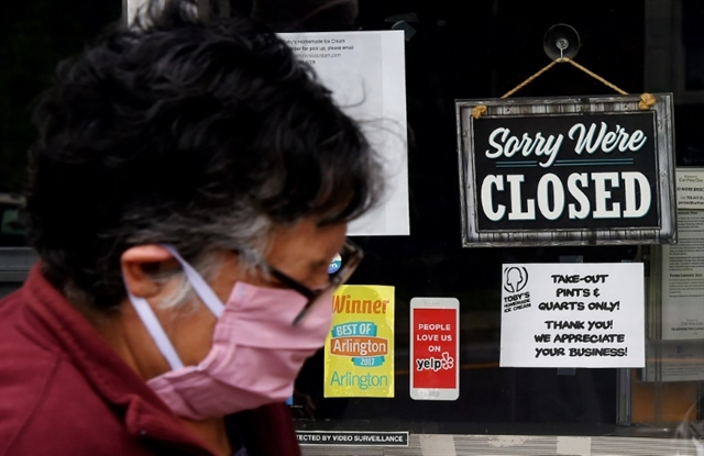 Pandemic fuels historic US job losses EU wants borders kept shut