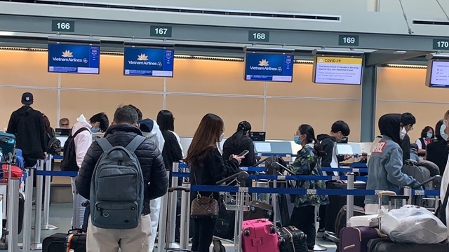 Việt Nam brings home 276 citizens from Canada