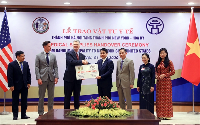 Made-in-Việt Nam face masks donated to New York South Korea