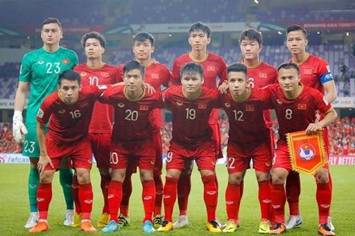 Việt Nam football team top regional rankings