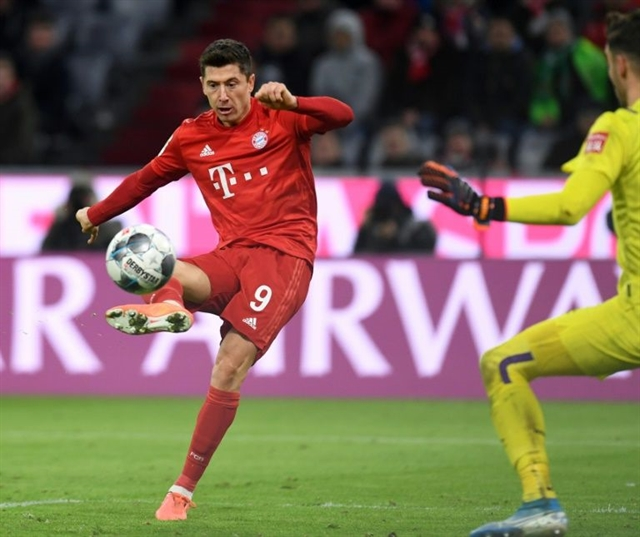Seal the deal: Flick urges Bayern to secure title